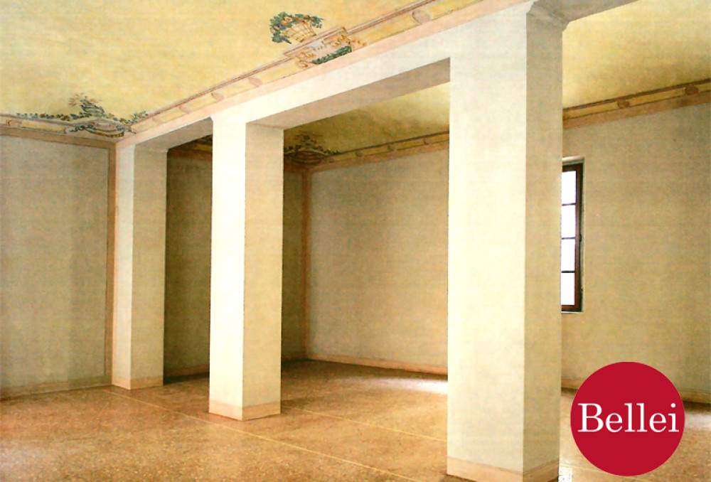 Exclusive offices in renovated historic building in Sassuolo (MO). Lease.