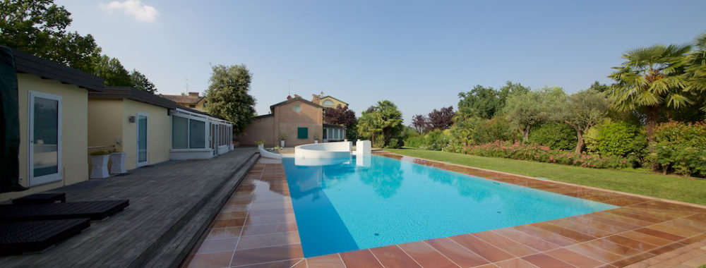 Villa con Piscina inserita in contesto di prestigio