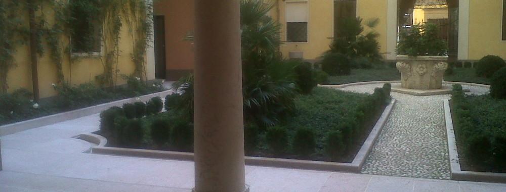 Appartamento anche ad uso studio in prestigioso edificio Storico nel cuore della Citta di Modena