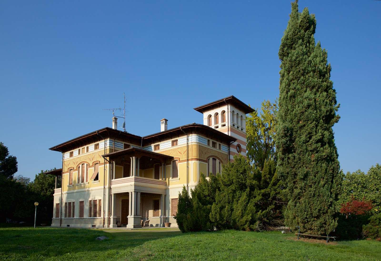 Villa padronale con dependance bellei servizi - Agenzia immobiliare gonzaga ...