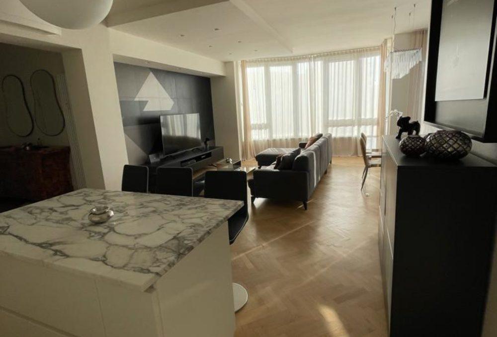 Bellissimo appartamento in centro completamente ristrutturato con Vista Spettacolare
