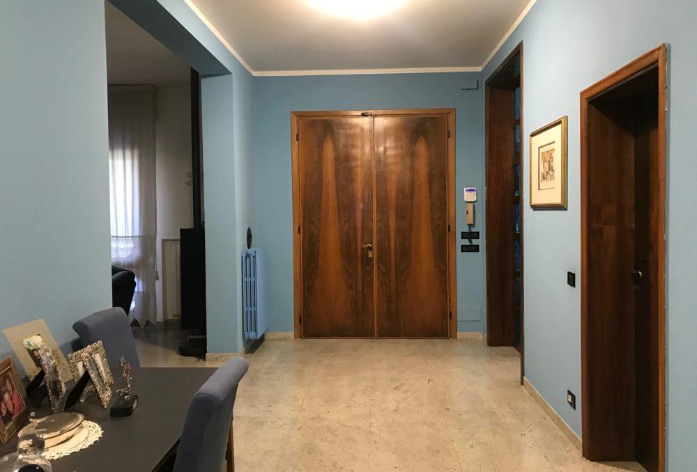 Villa Bifamigliare con possibilità di fare la terza Unità,  Prezzo competitivo
