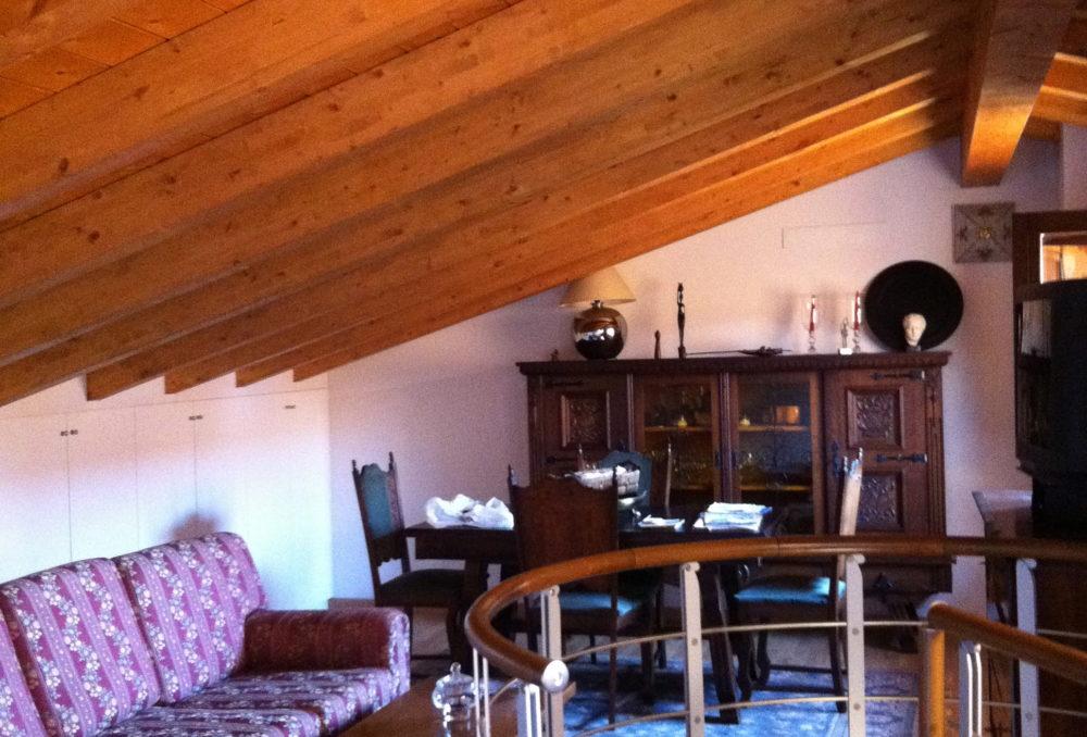 Grazioso appartamento in pieno centro con garage e cantina
